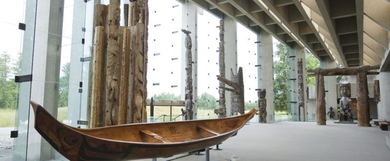 MOA Great Hall canoe hi res